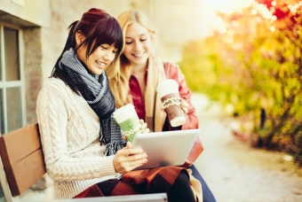 women reading table