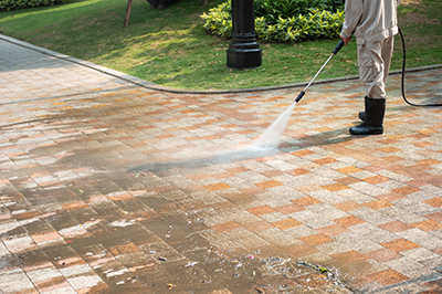 Pressure Cleaning Driveway